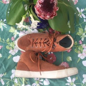 Seavees Yosemite copper rose gold suede shoes 9